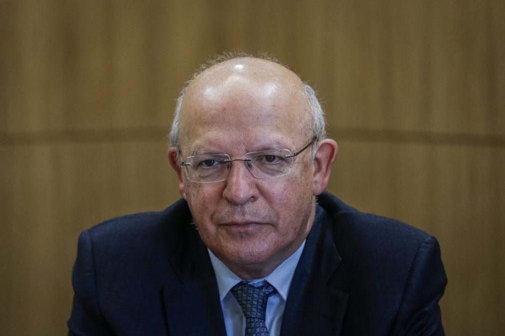 Covid-19: Santos Silva elogia coordenação na União Europeia no combate à pandemia