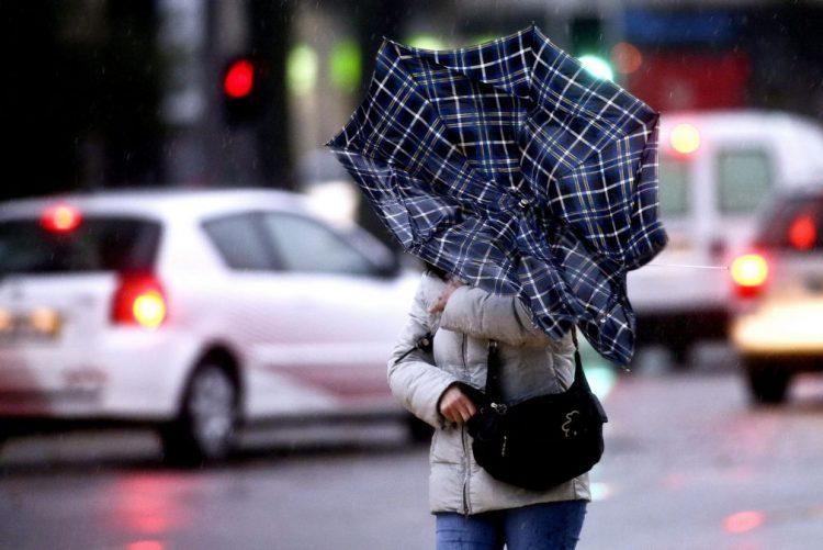 Dezasseis distritos do país sob 'Aviso Amarelo' devido à chuva vento forte - IPMA