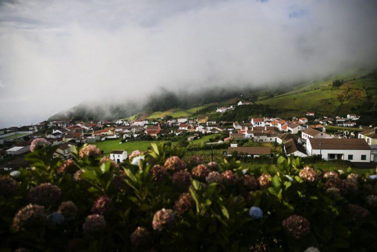 Aviso Amarelo para chuva e trovoada nas ilhas do grupo central e oriental dos Açores