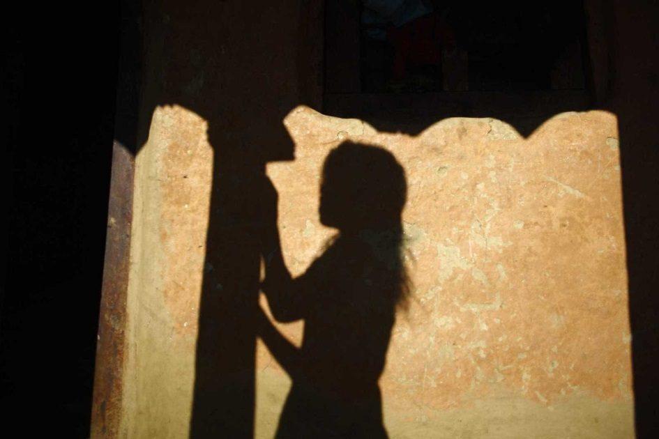 Detidos sete menores por participarem em violação coletiva de rapariga de 16 anos