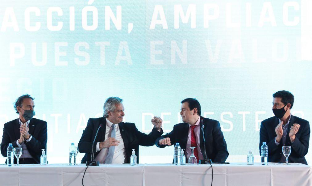 Argentina alarga prazo para chegar a acordo sobre reestruturação da dívida