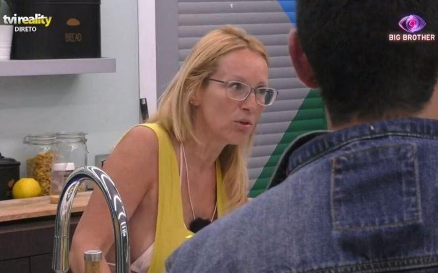 Teresa e a bronca dos hambúrgueres Concorrente do Big Brother é atacada por todas as frentes: «Uma triste»