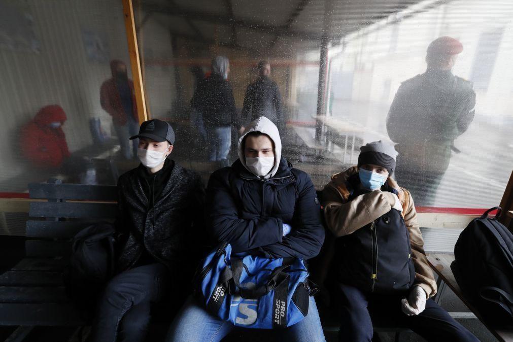 Covid-19: Rússia regista menor número de novos casos mais maior número de mortos