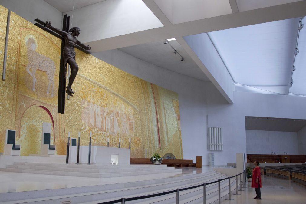 Santuário de Fátima retoma no sábado celebrações com presença de peregrinos