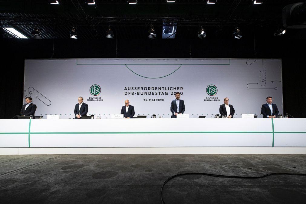 Covid-19: Federação Alemã de Futebol diz que enfrenta a maior crise económica