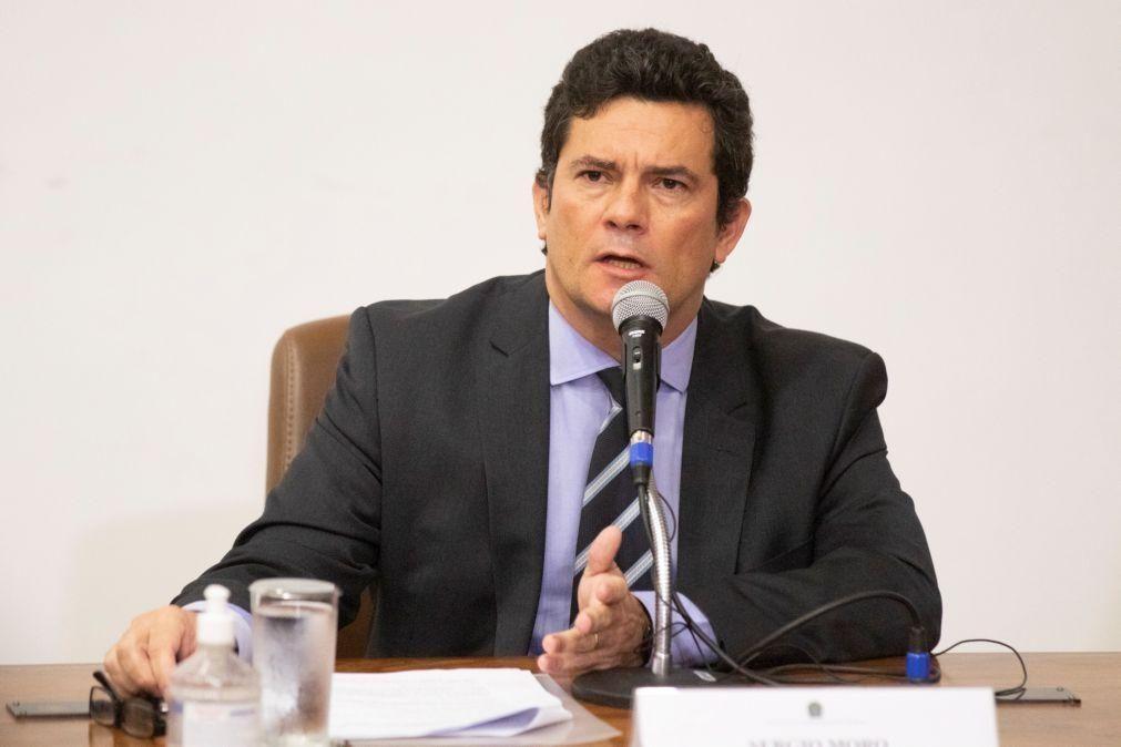 Sergio Moro diz ter sido pressionado por Bolsonaro para aumentar acesso a munições