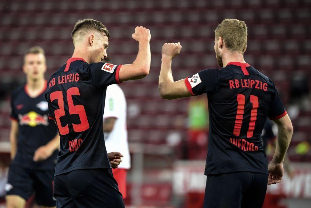 Leipzig vence em Colónia após reviravolta e recupera terceiro posto na Bundesliga