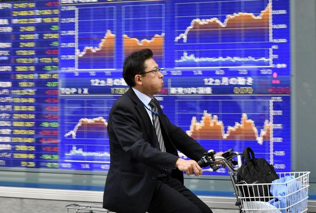 Bolsa de Tóquio abre a ganhar 0,82%