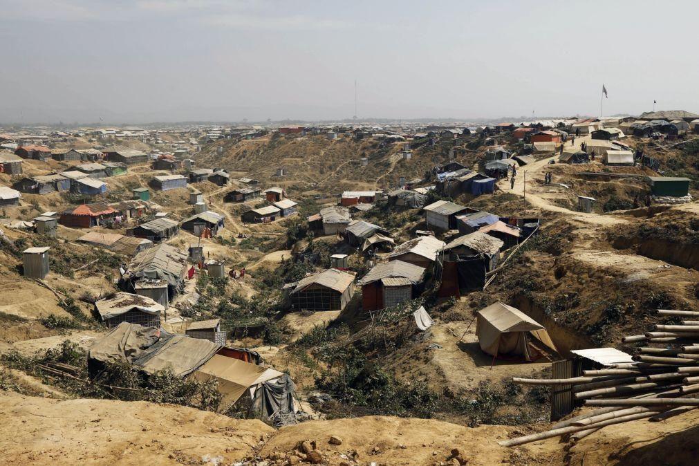 Covid-19: Primeira morte em campo de refugiados rohingya no Bangladesh