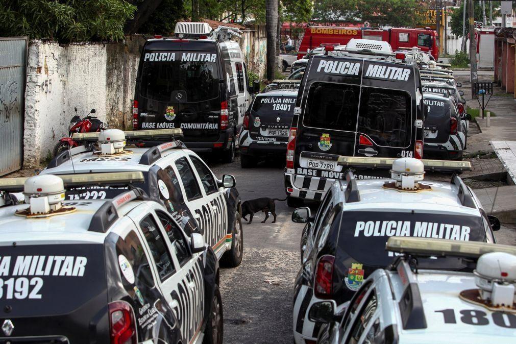 Três polícias entre 15 detidos em operação contra uma milícia no Rio de Janeiro