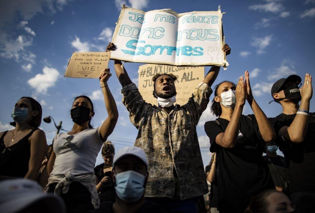 Manifestação em Paris contra racismo e violência policial termina em confrontos