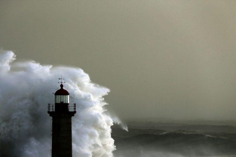 Autoridade Marítima alerta para agravamento do estado do mar nas próximas horas