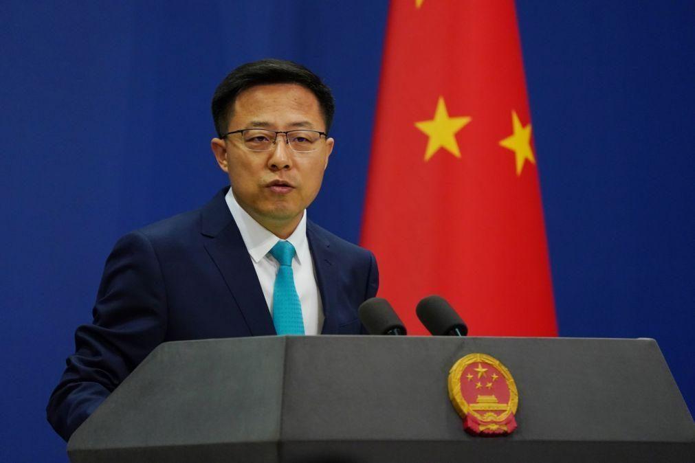 China pede a Londres que cesse imediatamente interferência em Hong Kong
