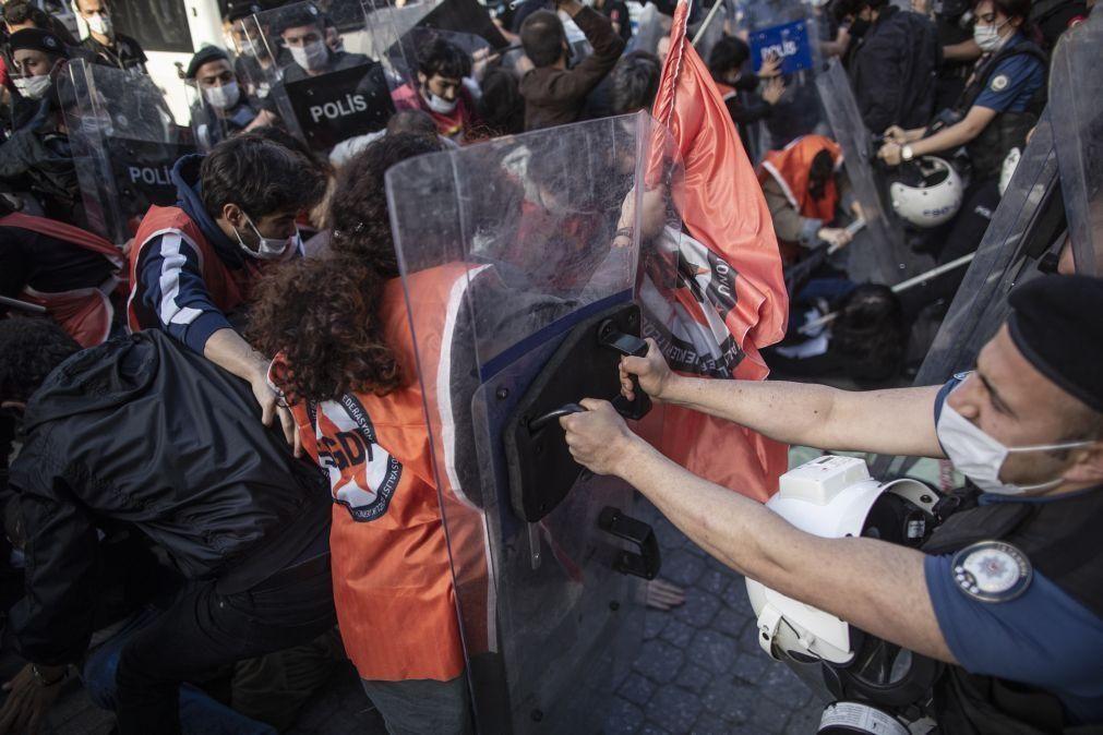 EUA/Floyd: Pelo menos 29 detidos na Turquia em protesto contra violência policial