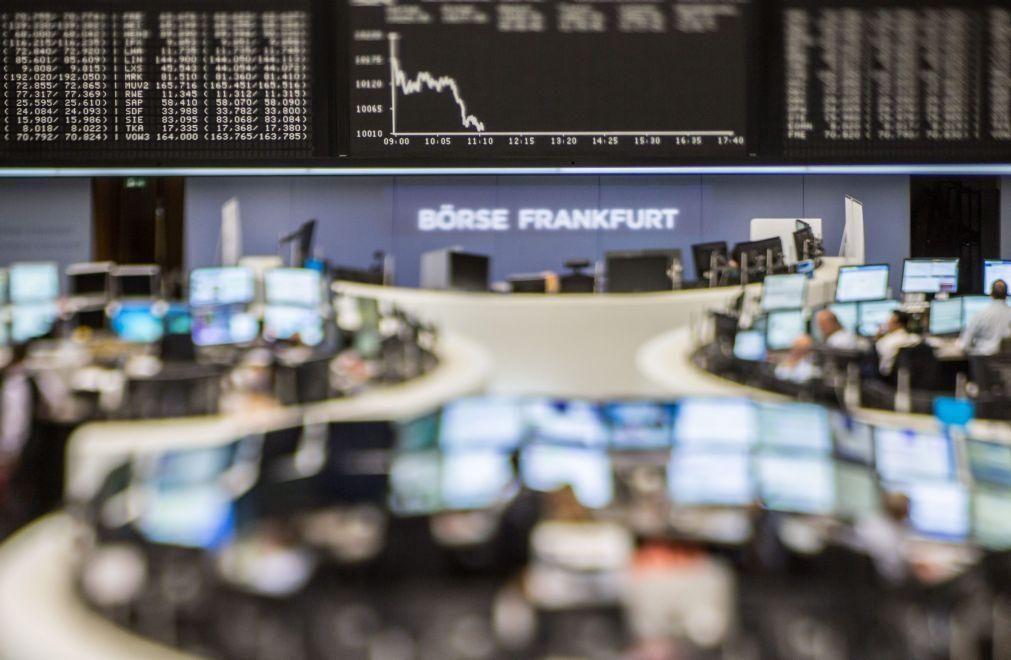 Bolsas europeias em baixa pendentes do BCE e das tensões entre Washington e Pequim