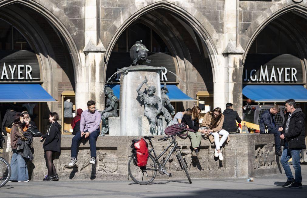 Covid-19: Alemanha regista quase 183 mil casos