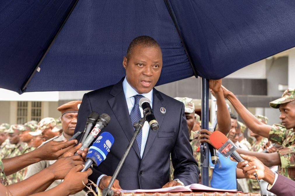 Ministro da Defesa moçambicano defende rigor na gestão financeira do setor