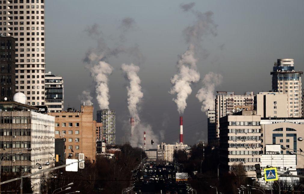 Dióxido de Carbono na atmosfera em Maio no nível mais alto de sempre, apesar de baixa de emissões