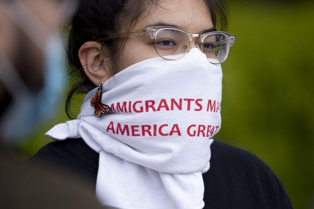 Covid-19: Human Rights Watch pede aos EUA que pare as deportações de imigrantes