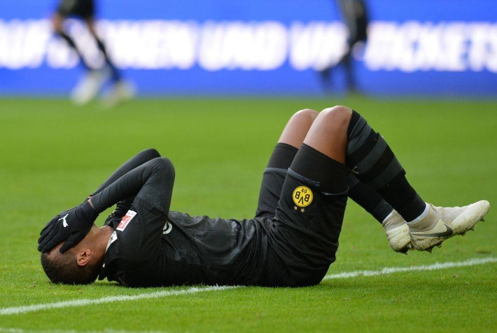 Covid-19: Dois jogadores do Dortmund multados por desrespeitarem protocolo sanitário