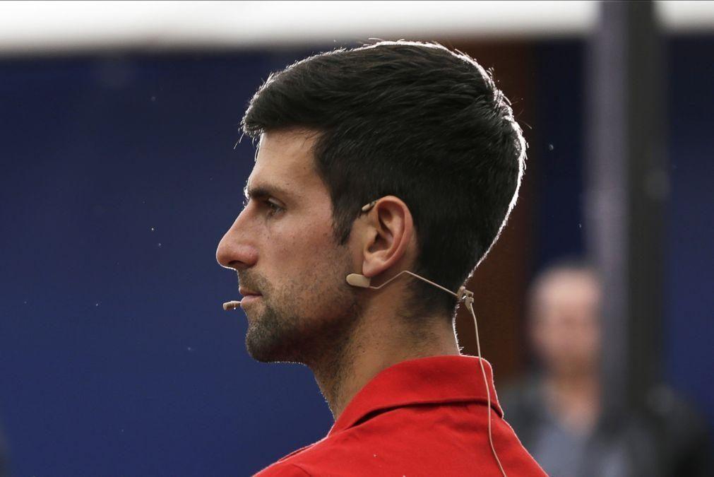 Covid-19: Djokovic preocupado com condições