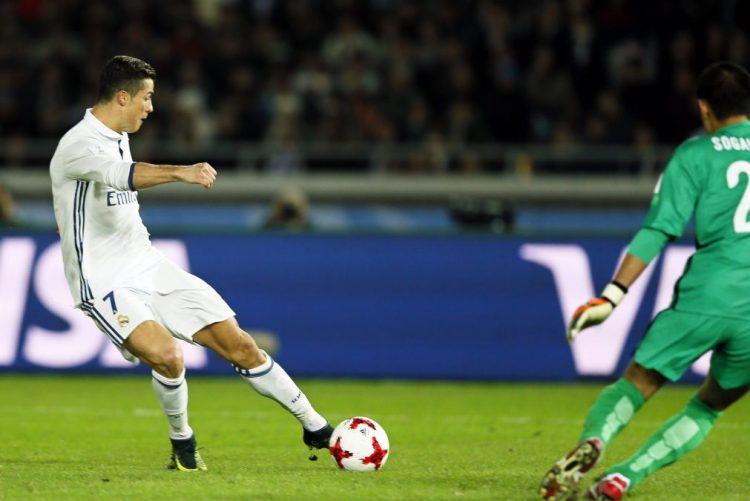Cristiano Ronaldo pelo sétimo ano na equipa ideal do L'Équipe