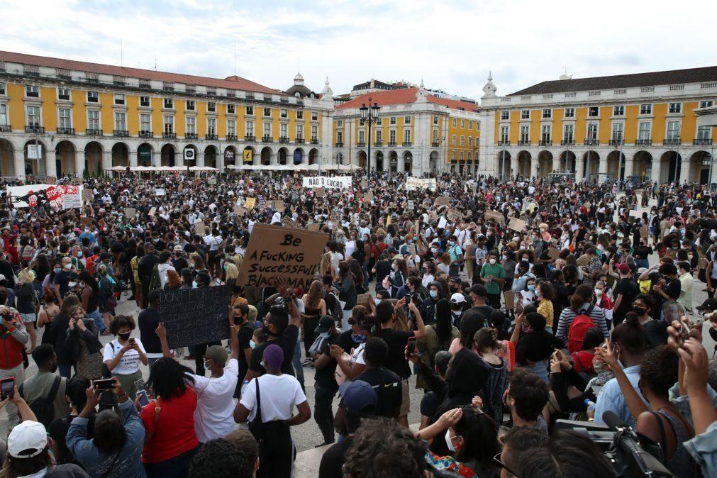 Marcha contra o racismo encheu ruas de Lisboa porque em Portugal