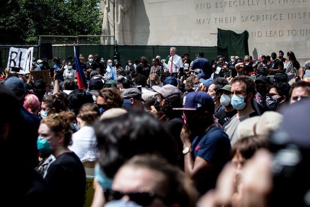 EUA/Floyd: Nova Iorque levanta recolher obrigatório antes do previsto