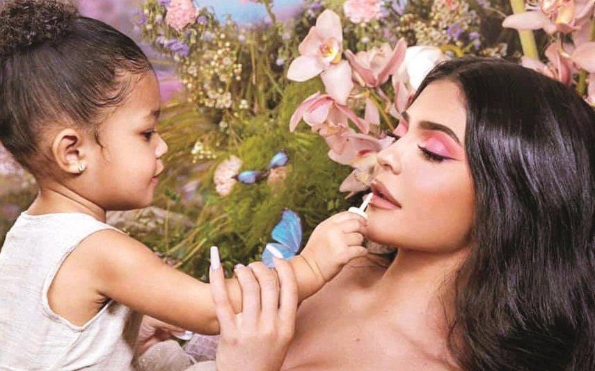 Kylie Jenner Tudo pela fama: As mentiras da bilionária, que nunca o foi