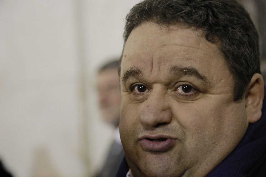 Fernando Mendes pede ajuda | Cancro digestivo mata 24 portugueses por dia