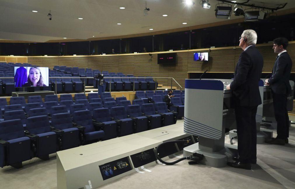 UE e Reino Unido fazem segunda-feira balanço de negociações da relação pós 'brexit'