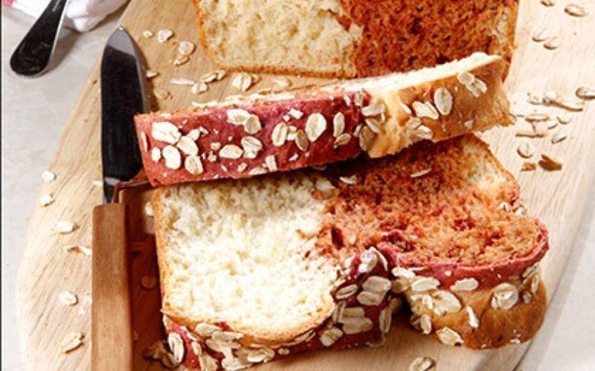 Experimente esta receita de pão de beterraba