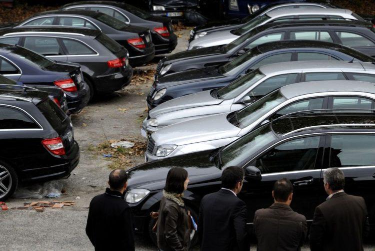 Venda de automóveis aumenta 15,8% em 2016 - ACAP