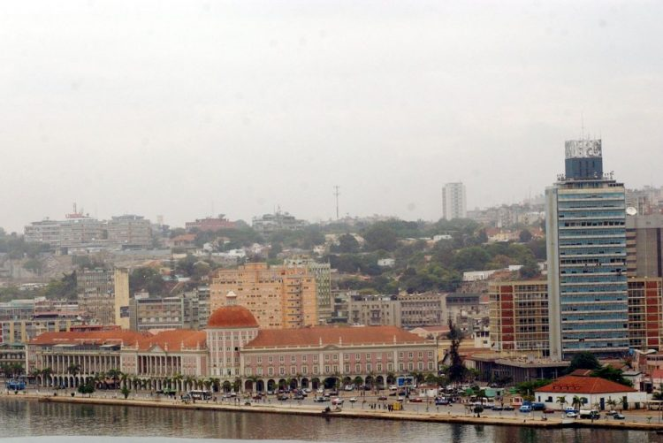 Acidente de viação mata cinco pessoas em Luanda
