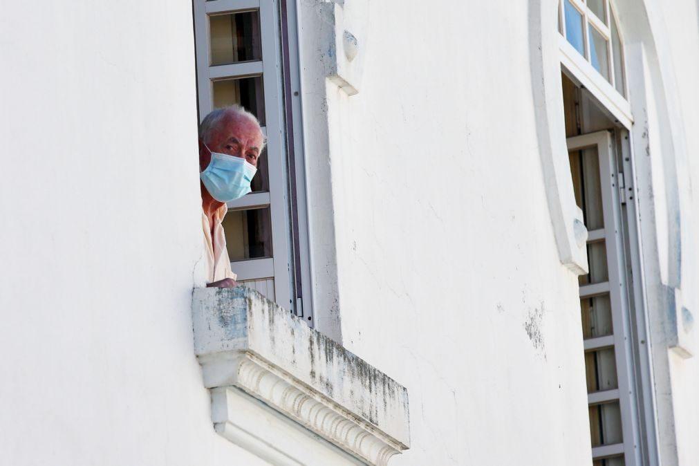 Diretor regional de saúde ameaçou médicos que recusaram trabalhar no lar de Reguengos