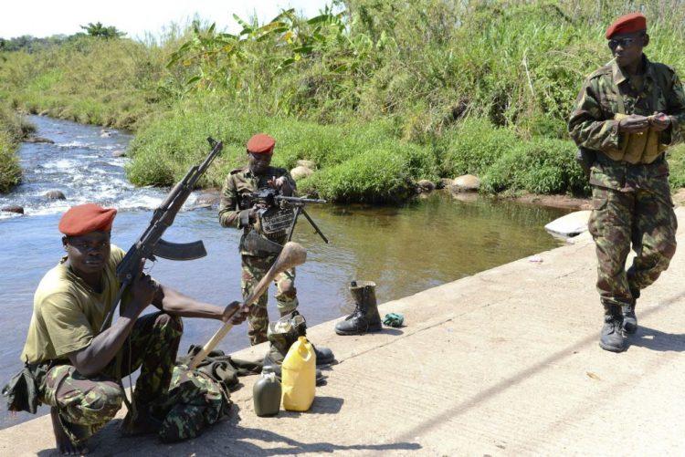 Escoltas militares em estradas do centro de Moçambique desativadas -- polícia