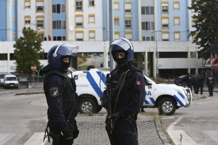 PSP deteve 938 pessoas e apreendeu 76 armas durante operação de Natal e Ano Novo