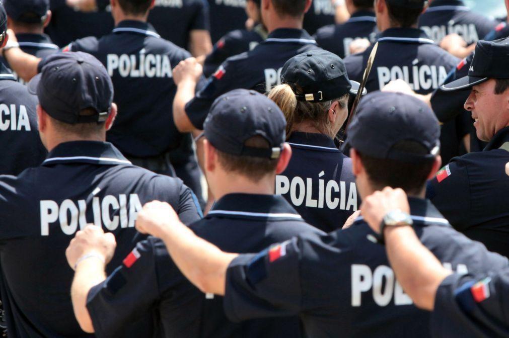 Covid-19: Trinta e quatro polícias infetados e 102 de quarentena