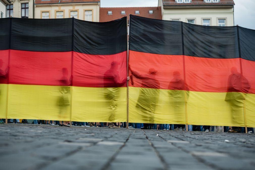 Tribunal alemão ratifica expulsão de líder radical de partido de extrema-direita