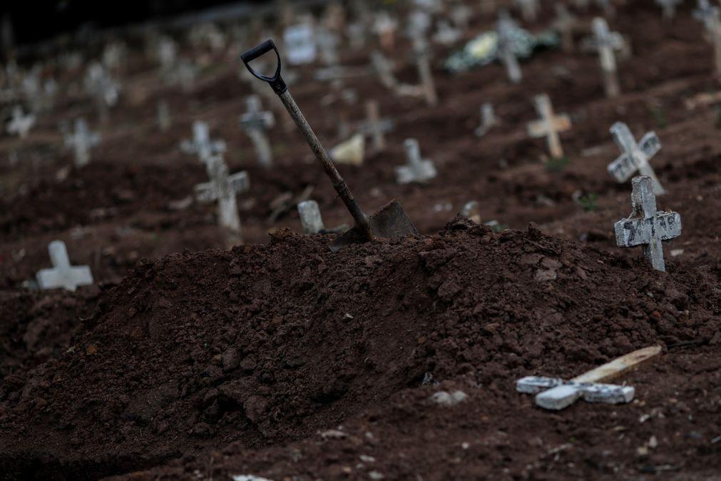 Covid-19: Brasil regista mais de 50 mil casos e 1.211 óbitos em 24 horas