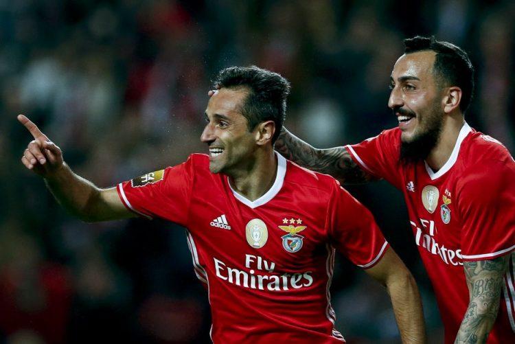 Benfica goleia Vizela na Taça da Liga e Jonas 'bisa' no regresso aos golos