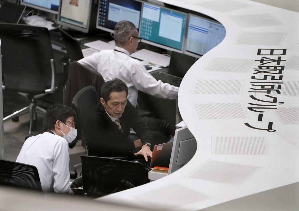 Bolsa de Tóquio fecha a descer 0,16%