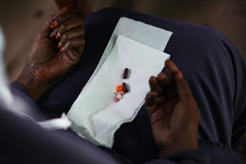Seis funcionários da saúde suspeitos de homicídio para roubarem medicamentos