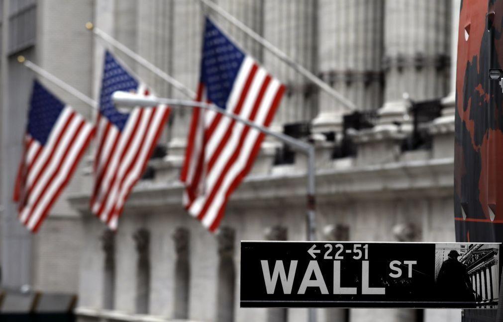 Wall Street inicia sessão em alta à espera de reunião da Reserva Federal