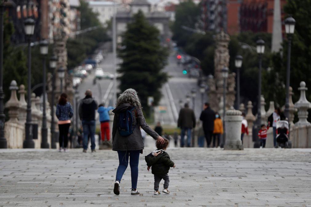 Comunidade de Madrid obriga a usar máscara e vai