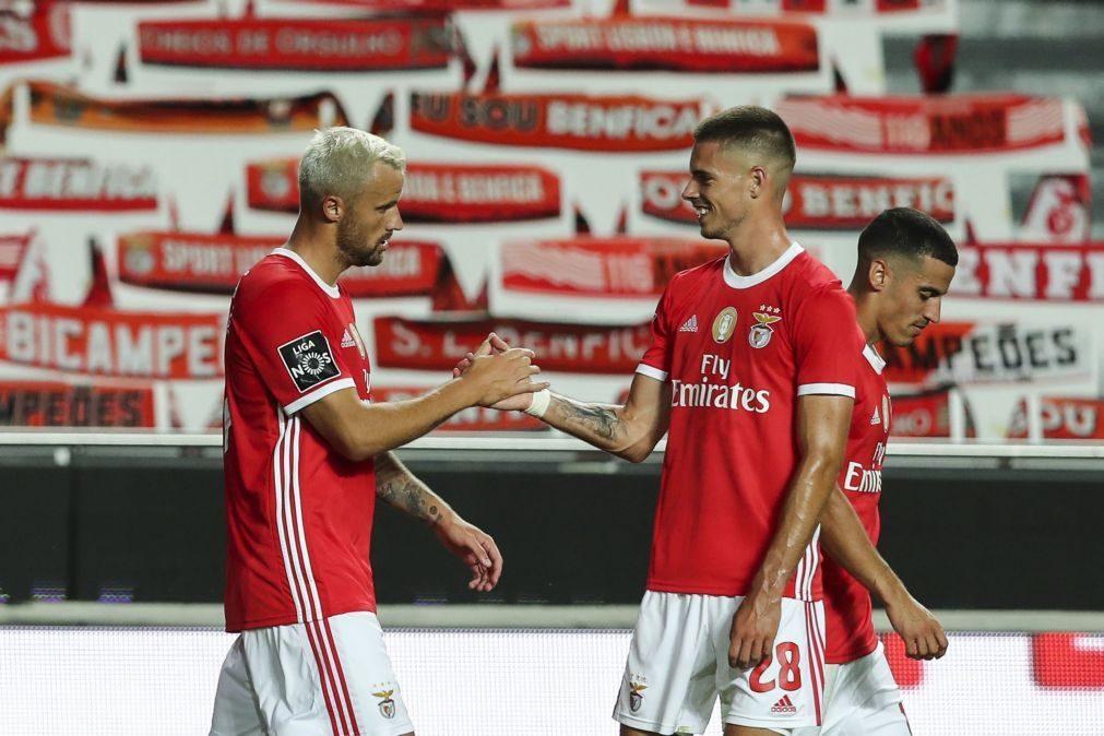 Benfica viaja com 27  futebolistas para mini-estágio em Óbidos