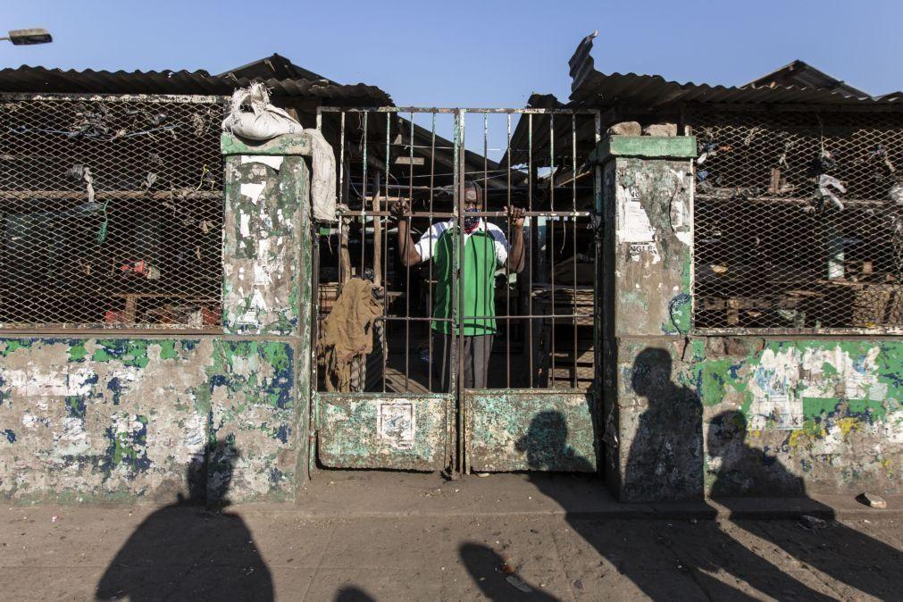 Covid-19: Autoridades moçambicanas encerram 90 estabelecimentos comerciais em 15 dias