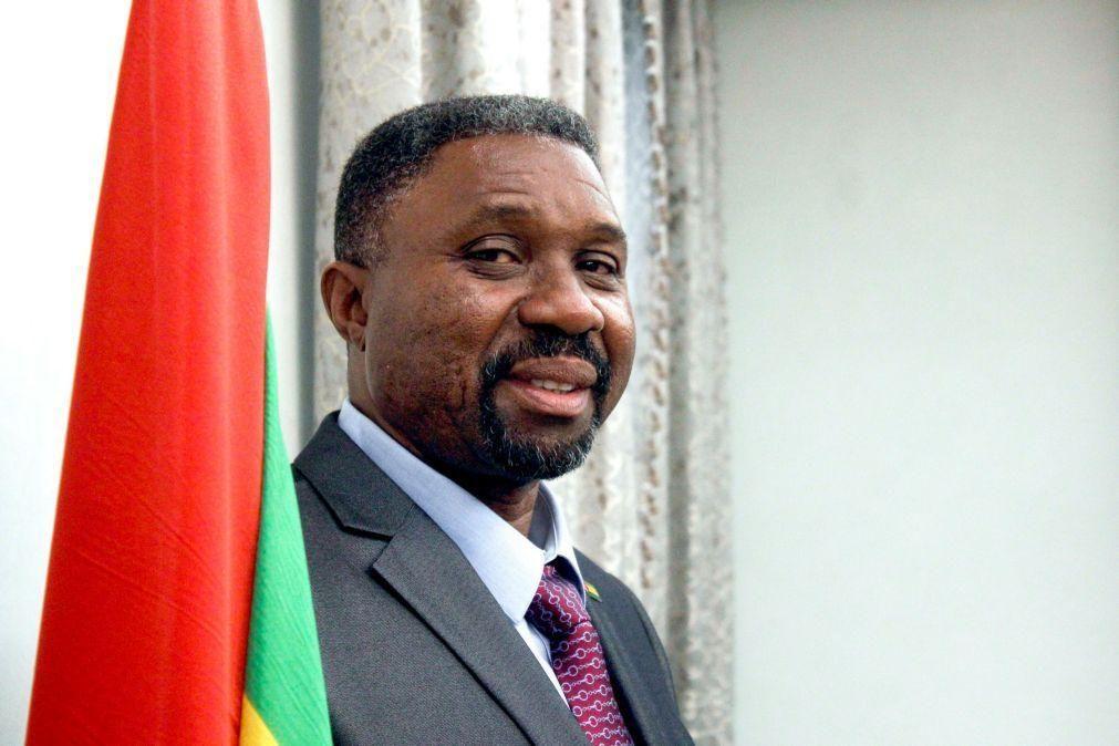 Parlamento de São Tomé aprova Orçamento Geral do Estado retificativo