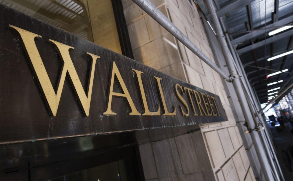 Wall Street fecha em baixa por desilusão com McDonald's e apreensão com GAFA