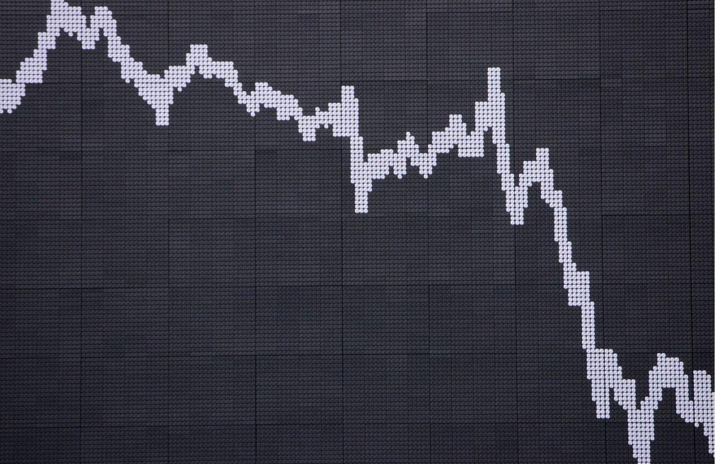 Bolsa de Xangai abriu a cair 0,18%